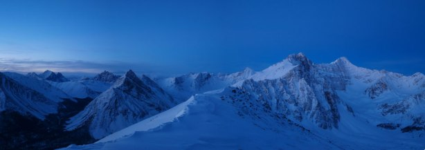 Panorama from just below the summit of Marmot Mountain