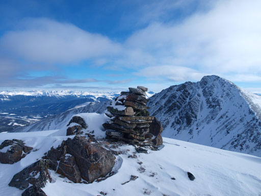 This cairn is actually on the false summit, a couple minutes' away from the true summit