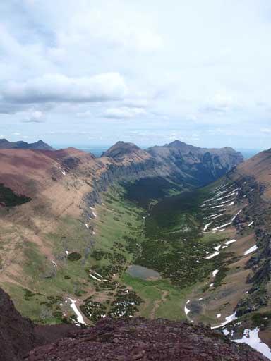 This is the valley between Spionkop Ridge/Mount Roche and Red Rock Rim (Gelway to Newman)