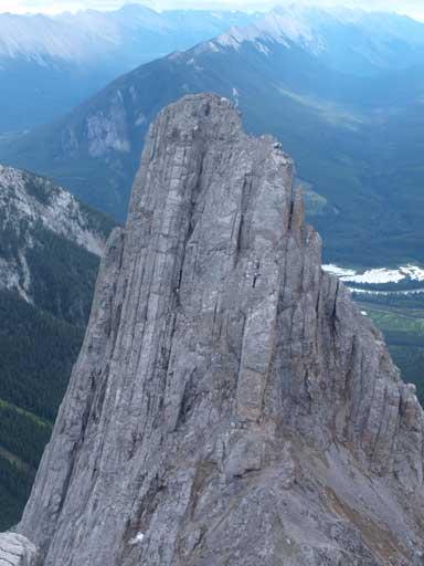 Zooming-in towards the S. Peak