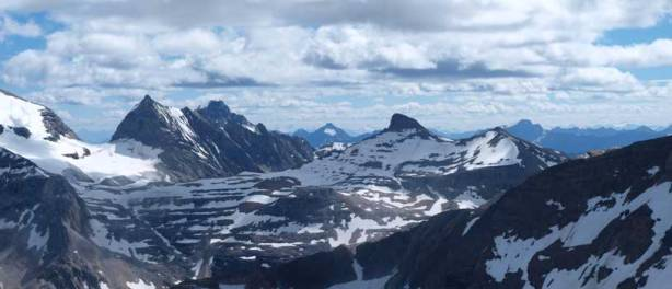 Mount Marpole and Carnarvon on left; Mount Kerr right of center.