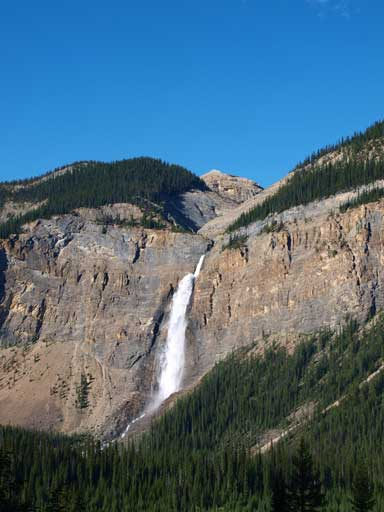 An obligatory shot of Takakkaw Falls at the end of the day.