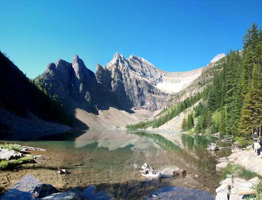 The classic view of Lake Agnes