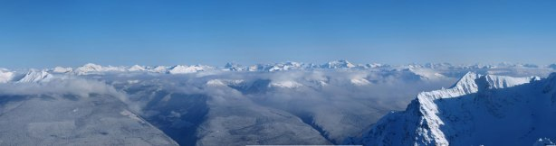 Panorama of the Rockies. They are in the west range, and mostly unnamed.