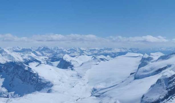 Balfour Glacier on right. Peaks in Skoki/Pipestone area in the background