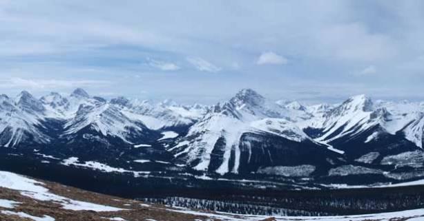Familiar peaks across Smith Dorrien valley.