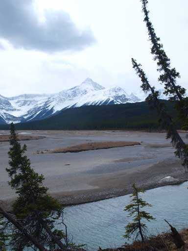 Mount Outram and Hawse River