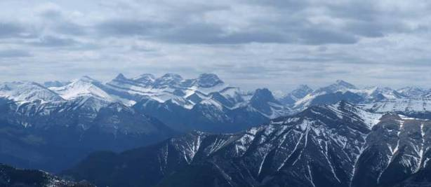 The 4 peaks of Lougheed