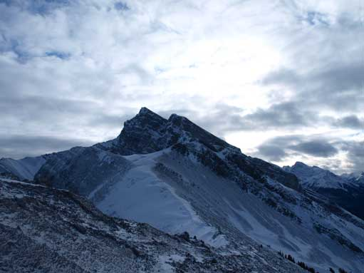 Mount Lawrence Grassi completely overshadows Miner's Peak