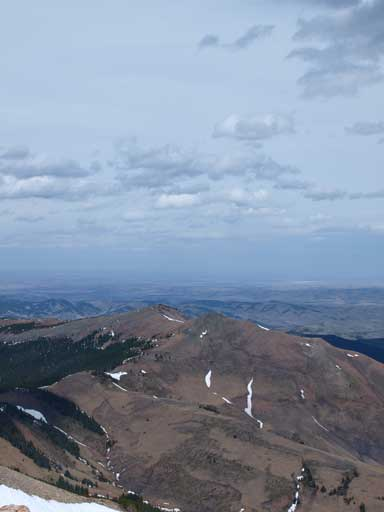 Looking over the two summits of Saddle Mountain