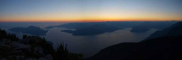 Another panorama. Sun was down already. Time to worry about the way home!