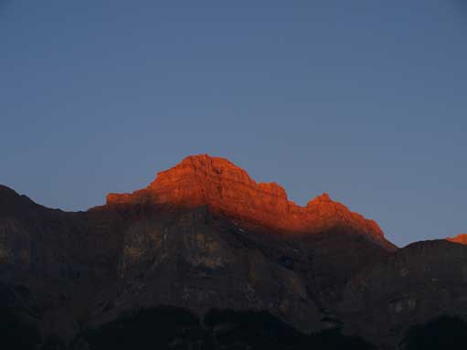 Alpenglow on Mount Rundle