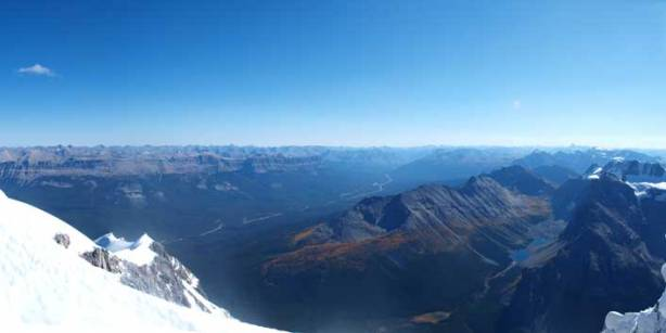 A long shot of Bow Valley. Panorama Ridge looks tiny from here.