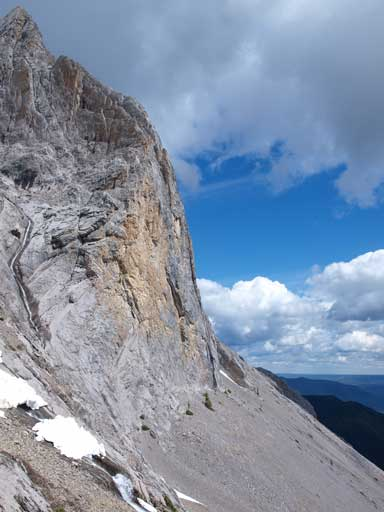 Impressive cliff!