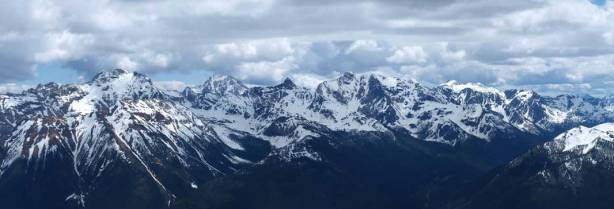 Most peaks on Septet Range are unnamed. The big one poking behind is Mount Ethelbert