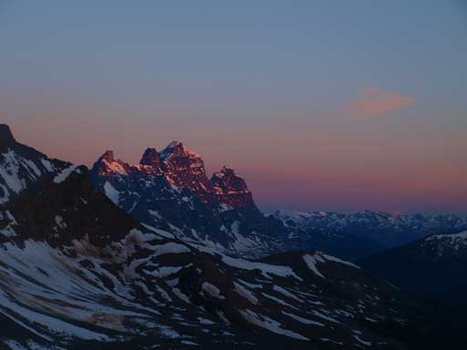 Alpenglow on Mount Geikie