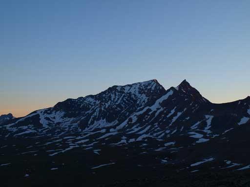 Majestic Mountain and Vertex Peak