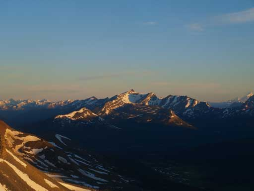Golden glow on Caniche Peak