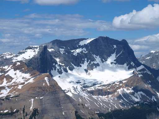 The unofficially named Hewitt Peak