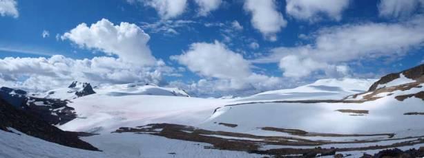 Panorama of Wapta Icefield again
