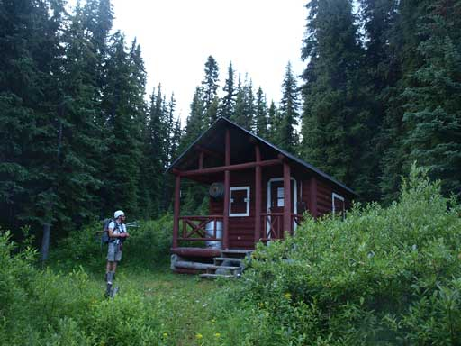 Back to the warden cabin, still 8km to go...