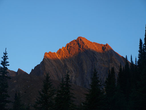 Alpenglow on an unnamed peak between Ogden and Niles