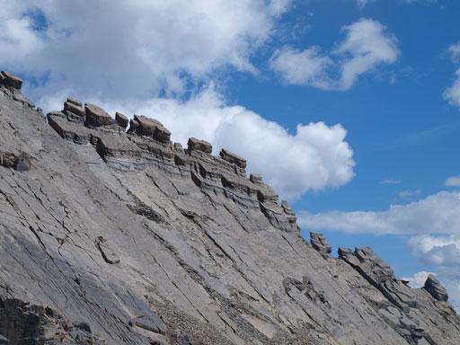 Looking back at interesting pinnacles on the SE Ridge