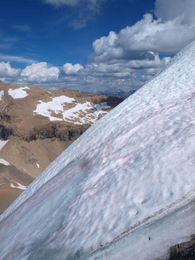 There's a big cornice on the summit, obscuring the views