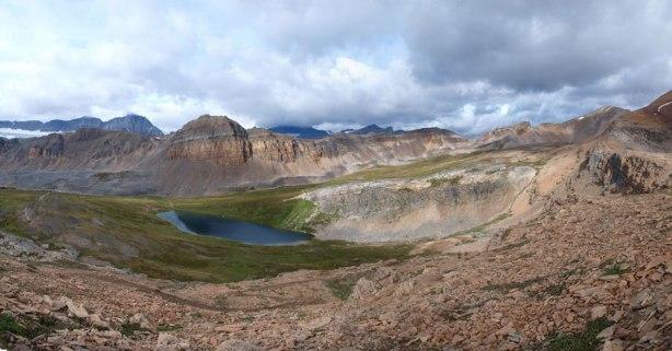 Panorama from the ridge crest just below Cirque Peak