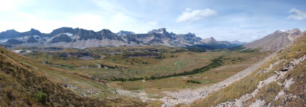 Panorama view of Siffleur River Valley