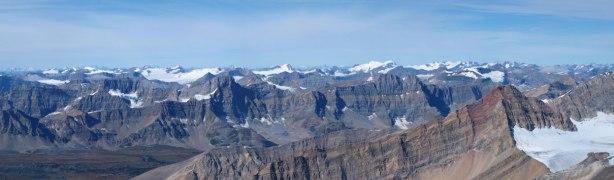 Familiar peaks on Wapta Icefield on left; Freshfield Icefield on right