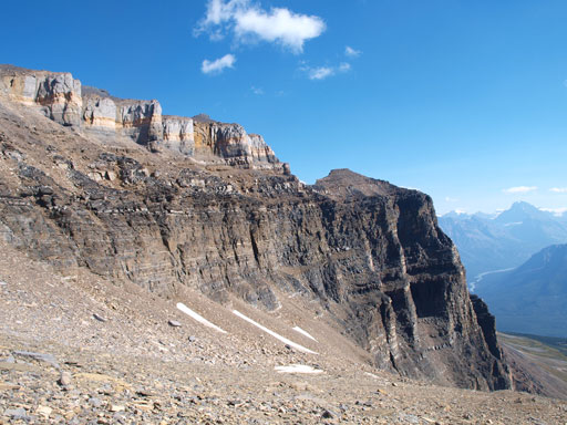 The upper walls that guards the summit ridge