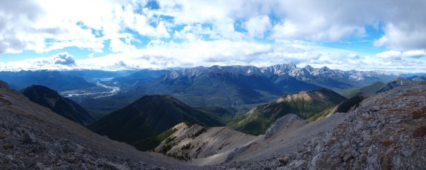 Panorama of Bosche Range side. I bet this valley gets very little traffic!