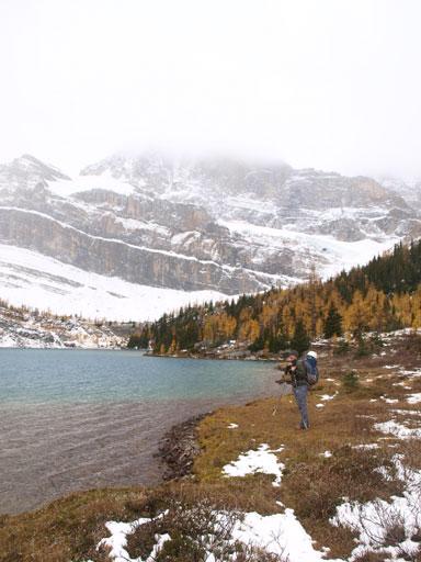 Hiking on Myosotis Lake's right hand side