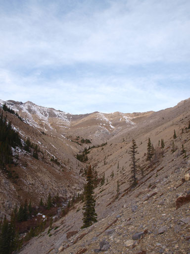 The ascending bowl. Summit is on the right, out of sight
