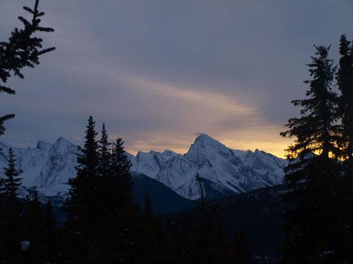 Samson Peak at sunrise time