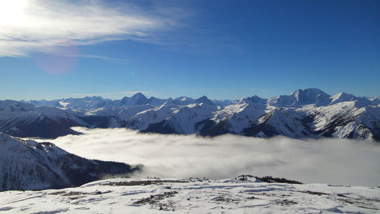 Valley inversion, with Selkirks behind