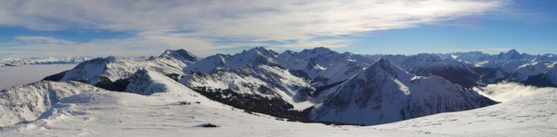 Panorama of Dogtooth Range in the Purcells from the summit. Click to view large size.