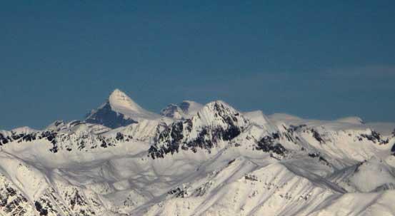 That might peak is Mt. Columbia