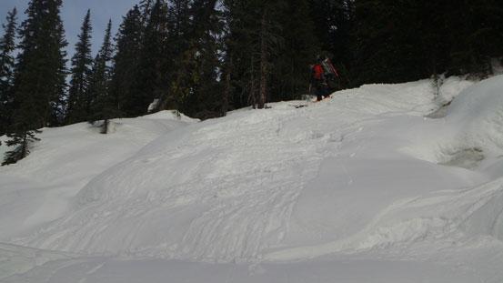 Awkward spot for skiing...