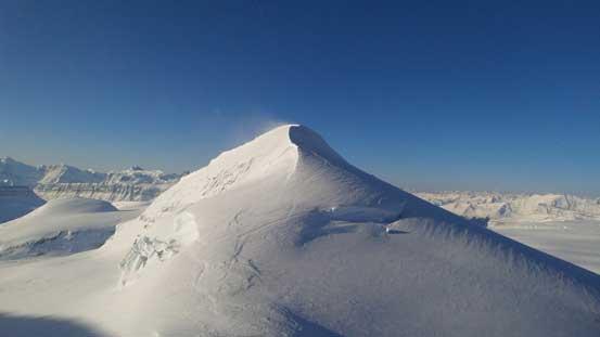 Looking back towards the unnamed 3330-meter peak. Raf refers it as Androlumbia