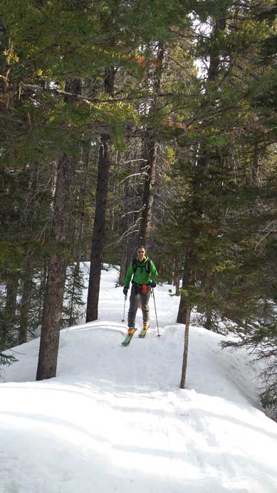 Skinning up the Paradise Valley trail