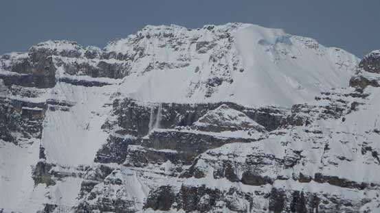 Avalanche coming off the south slopes on Mt. Lefroy