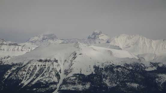Giants behind Skoki - Douglas and St. Bride