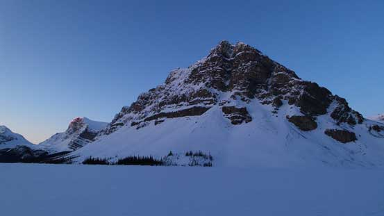 Crowfoot Mountain in the morning