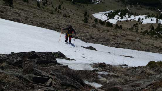 A short snow slope to ascent just before the ridge crest