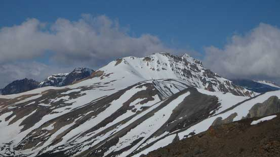 This peak is unnamed