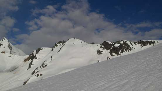 A view of Video Peak. Looks like a fun snow ascent, but not a prominent summit at all..