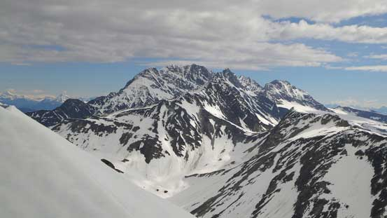 Mt. Rogers consists of 5 named summits (Rogers, Grant, Fleming, Swiss, Truda)