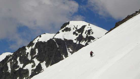 """Crossing a big slope on the way traversing to the """"correct"""" side"""